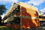 Alunos da Faetec João Luiz do Nascimento criam guarda-sol com carregador solar